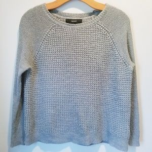 Forever 21 gray sweater size small